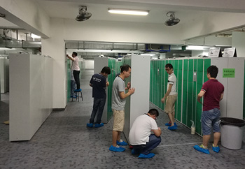 振耀科技智能储物柜安装团队