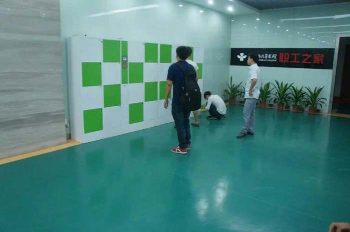 深圳儿童医院储物柜应用-振耀科技